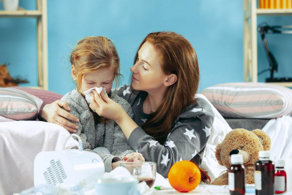 chore dziecko z mamą