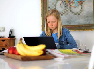 Szkoła on-line. Wybieramy najlepsze krzesło biurowe